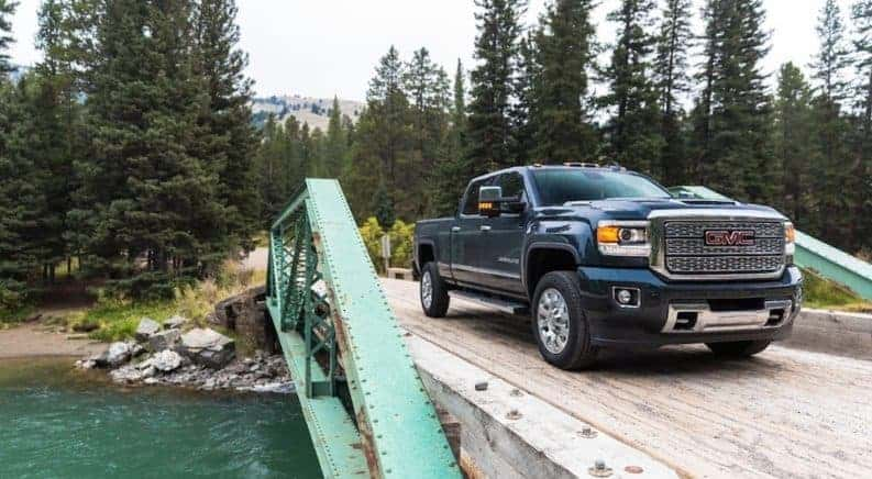 Does the GMC Sierra 2500HD Beat Out the Ford F-250? thumb